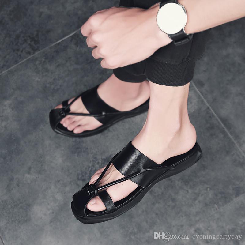 Summer Beach Flip Flops Men Pu Leather Slippers Male Flats Sandals Outdoor Rubber Beach Black White Shoes New