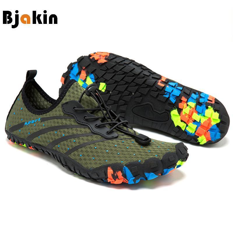 Bjakin Pieds nus Hommes Chaussures de sport Five Fingers Chaussures d'été Plage Minimaliste Chaussures adulte lumière extérieure Gym Fitness Couple Chaussures de yoga