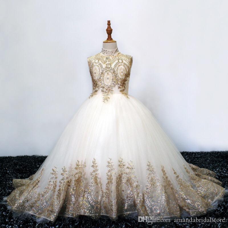 Блестящие Золотые Кружева 2020 Цветок Девушки Платья Для Свадьбы Старинные Высокая Шея Полые Назад Блестки Бисером Стразы Первое Причастие Платье