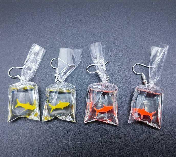 Saco dos doces coreano Series fresco Goldfish Brincos resina transparente bonito Pendant Earring por Mulheres para meninas