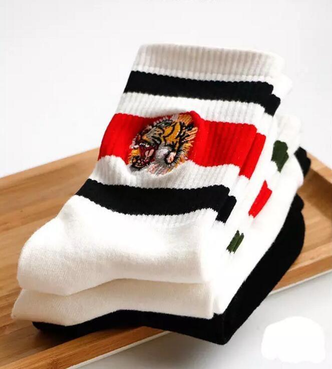 1PAIR = 2 шт. Хлопок Спортивные носки Мужчины Тигр Скороть вязаный Известный Стиль Мужские Смешные Носки Белые Черные Серые Зимние Мужские Носки