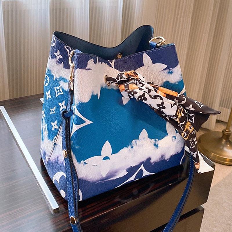 Célèbre Bucket Sacs à main en toile Sacs à bandoulière Mode Plate-forme Seau Sac femmes Triple fleur d'impression Sac bandoulière M45126 Type5