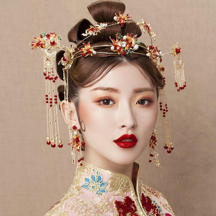 Chinese brides red long tassle headwear fringed hairpin earrings wedding hair accessories.