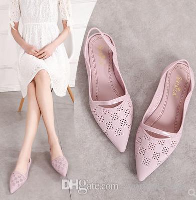 Новый стиль женщины сандалии Женские путешествия плоские желе обувь Леди задний ремень одной обуви мода удобные мягкие ПВХ обувь