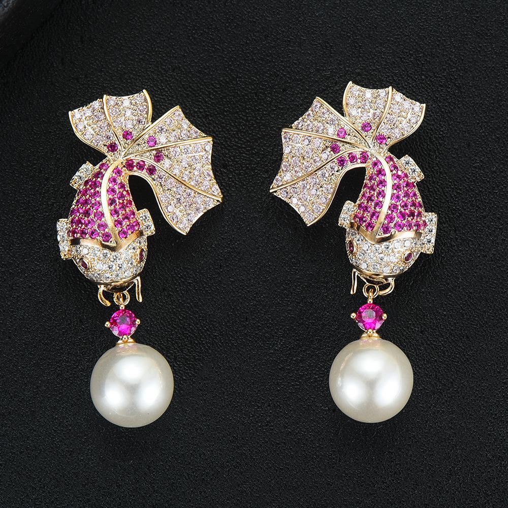 여성을위한 도매 새로운 매력 여성 황금 물고기 모양의 진주 귀걸이 패션 보석 유행 큐빅 지르코니아 드롭 웨딩 귀걸이