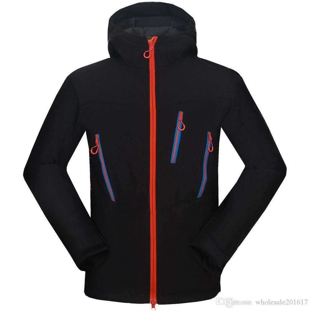 nuovi uomini HELLY giacca invernale con cappuccio Softshell per antivento e impermeabile morbido cappotto Shell Jacket HANSEN Giacche Cappotti 16491