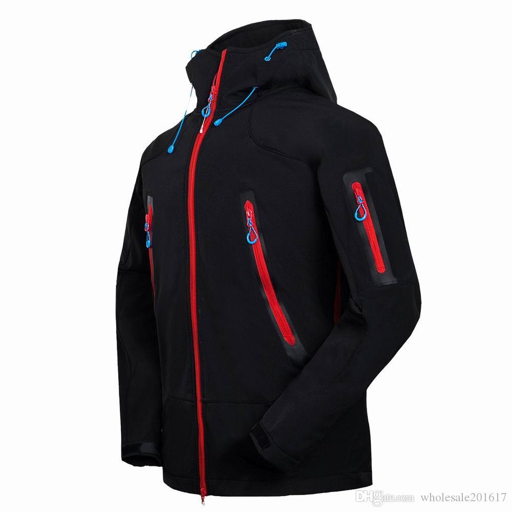 nuovi uomini HELLY giacca invernale con cappuccio Softshell per antivento e impermeabile morbido cappotto Shell Jacket HANSEN Giacche Cappotti 16402