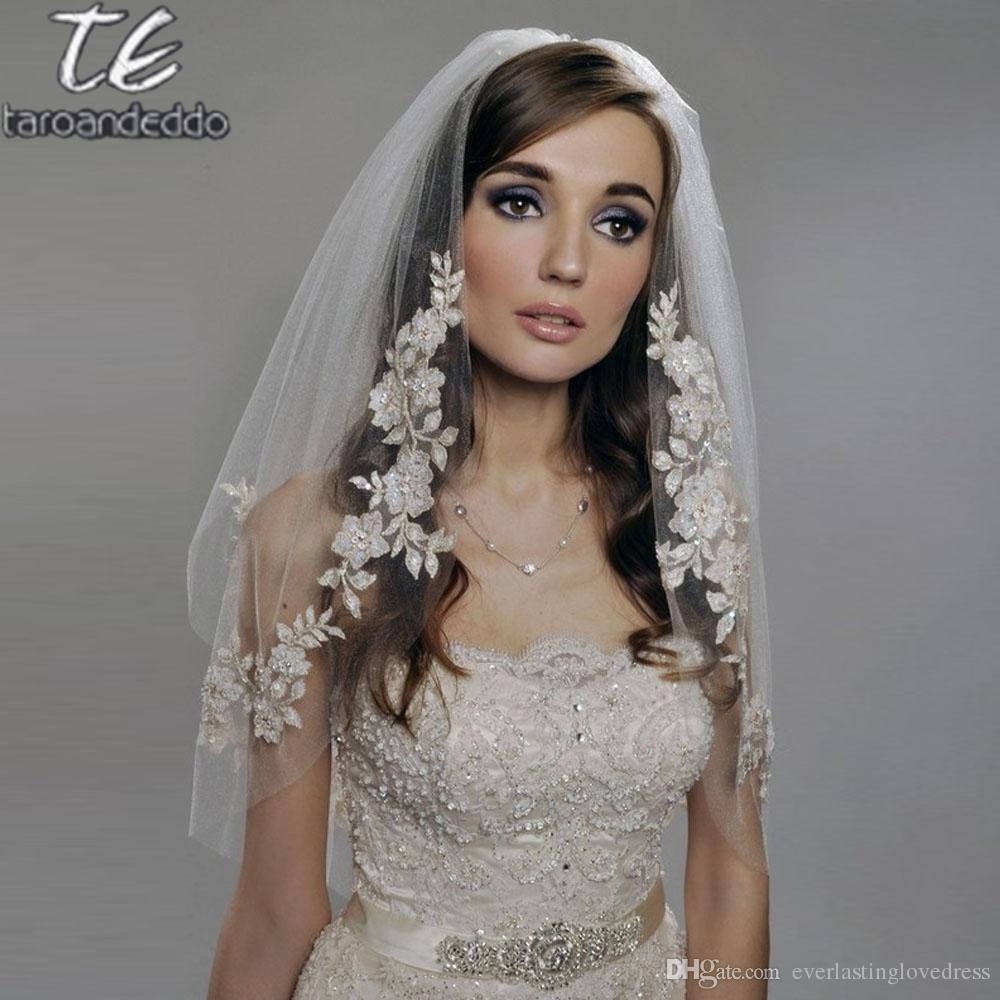 REALS 팔꿈치 길이 75cm 짧은 베일 두 레이어 Appliques 흰색 / 상아 웨딩 베일과 진주 Binding Bridal 베일