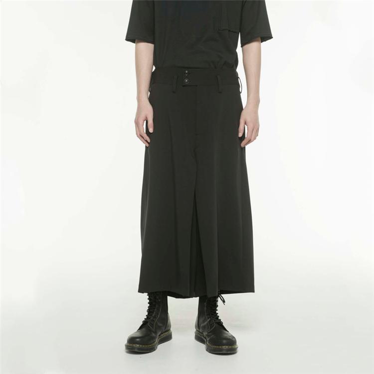 El nuevo estilo de moda los hombres jóvenes pantalones casuales cantante personalidad ocho pantalones de pierna pantalones falda grande tamaño