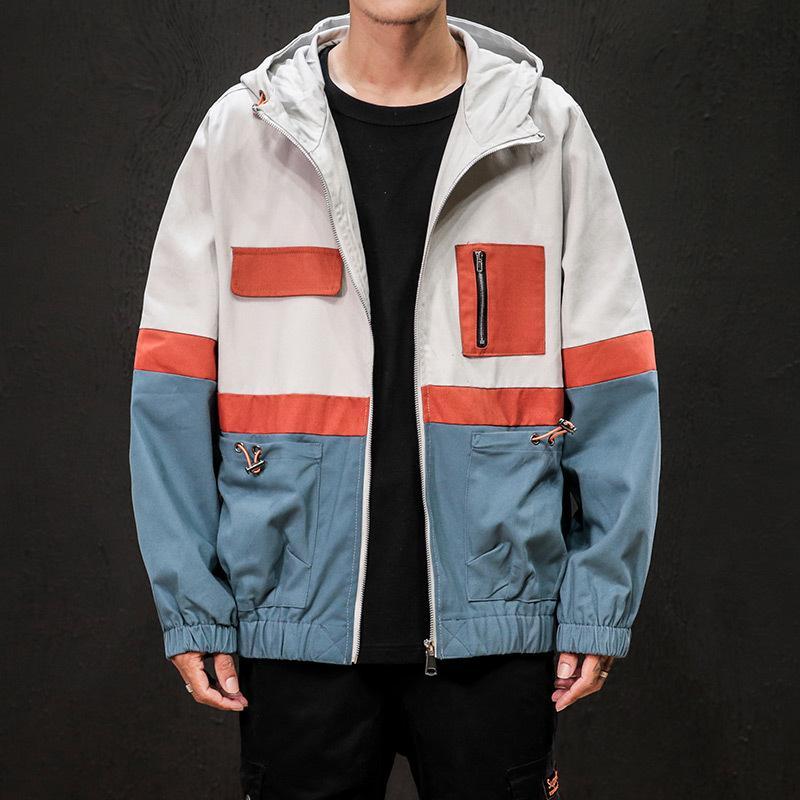 La capa de los hombres de la primavera 2020 nuevo estilo de estilo coreano tendencia capucha holgado de ropa de trabajo Multi-bolsillos de la chaqueta versátiles en la ropa