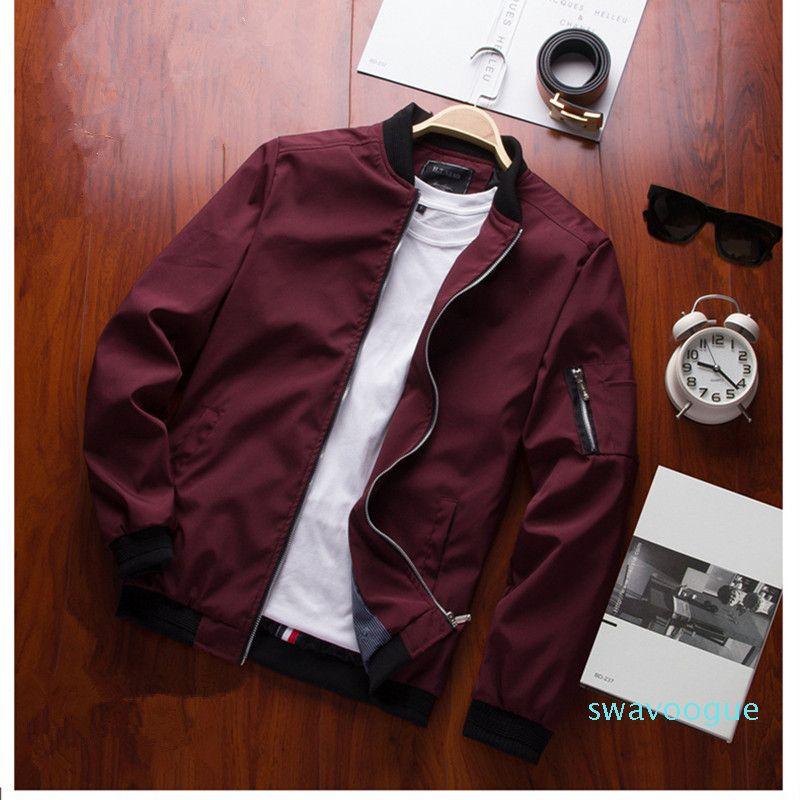 Man 2020 Abbigliamento Casual Male Outwear cappotto sottile Windbreaker Jacket Mens Bomber Jacket Piolt XM01