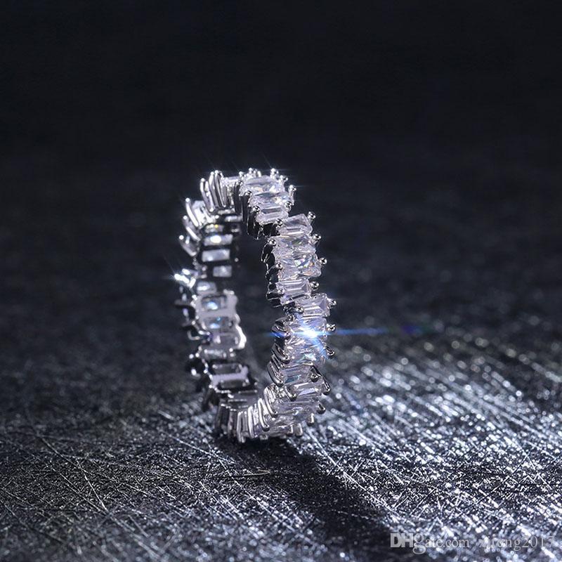 Mode d'or Zircon simples anneaux de haute qualité Bande Bague anneau de mariage pour les femmes Party Bijoux Fantaisie Cadeaux en gros