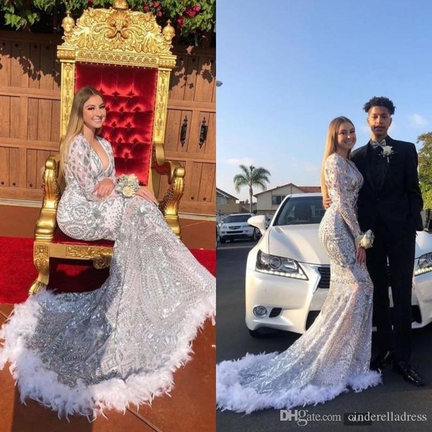 2020 Art und Weise Silber Sequin-Feder-Abend-Kleider mit langen Ärmeln Weinlese V-Ausschnitt Abendkleider Nixe spezielle Gelegenheits-Kleid
