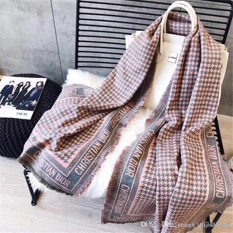 Herbst-Winter Großhandel Designer-Mode Plaidschal neue klassischer vielseitig Kaschmir warmer Schal 180 * 70 kein Kasten, 2 Farben