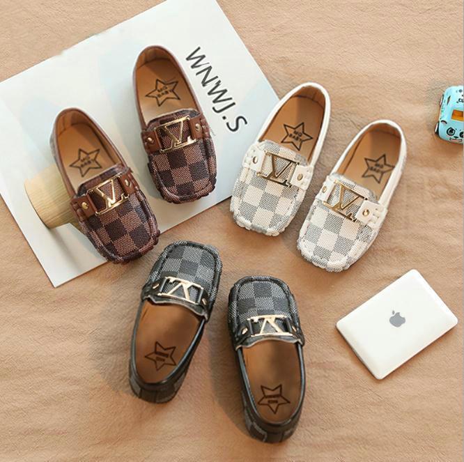 어린이 신발 PU 가죽 캐주얼 스타일 소년 소녀 신발 부드러운 편안한로 퍼 슬립 어린이 신발 21-30