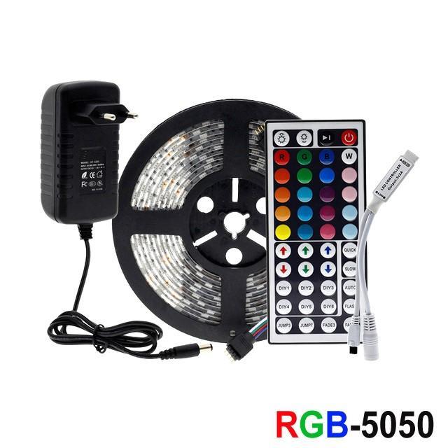 5M / 10M / 100M RGB Şerit LED Işık 5050 Esnek Şerit LED Işık Şeridi DC12V Uzaktan Tam Kiti İçin Salon / Yatak Odası / Mutfak