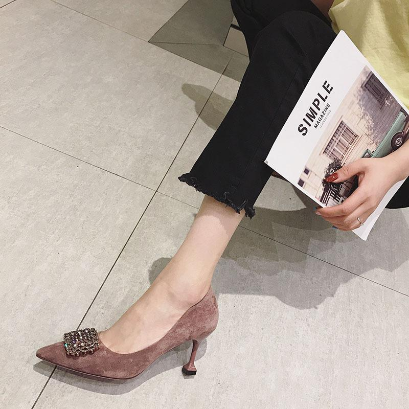bir adet yeni küçük boyutu tüm Netred 313233 tek ayakkabı sonbahar 2019 Fransız ayakkabı kedi topuk sığ sivri highheeled