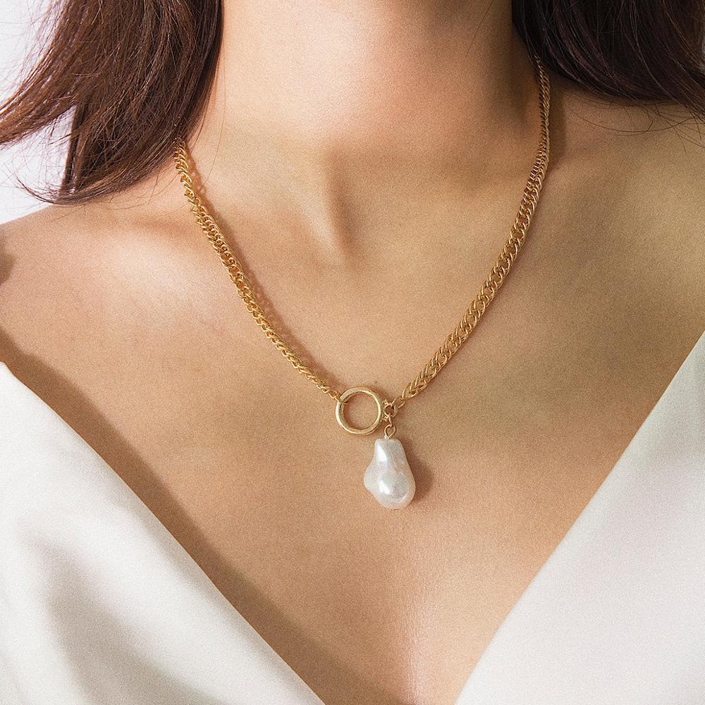 KMVEXO baroque irrégulière Collier imitation de perles pour les femmes rondes en métal court Choker Collier Collier Mode Femme Bijoux Cadeau
