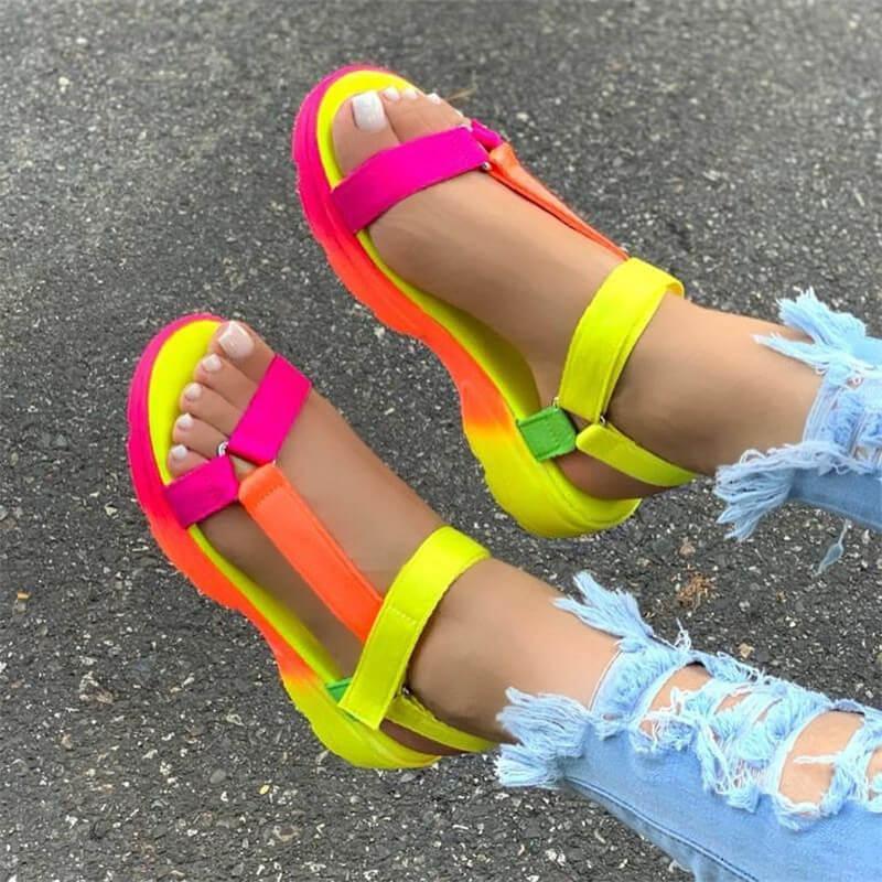 Sommer-Sandelholz-Schuhe der Frauen große Größe weiche multi Farben Sandalen Strand Knöchel-Keil-Plattform-Schuh-Dame-Mädchen-Sandalen für Frauen CX200613