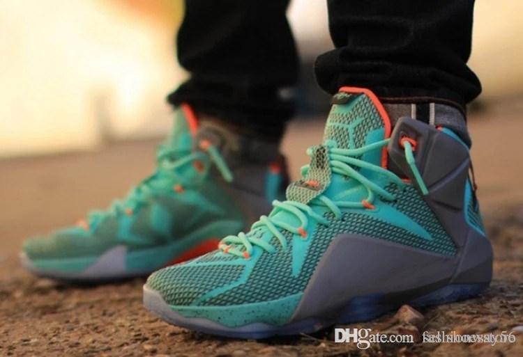 Nouvelle arrivée Mens 12 chaussures de basket-ball d'espadrille vert orange gris avec des chaussures de sport de haute qualité avec boîte
