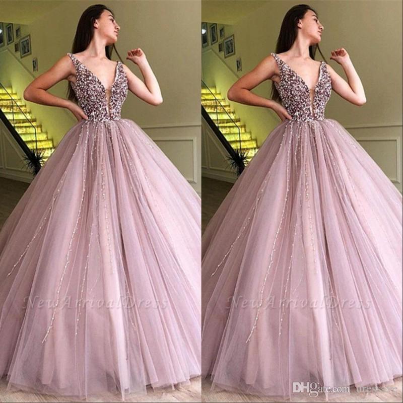 Eintauchen v-ausschnitt Perlen Kristalle Prom Kleider 2019 dunkelrosa Tüll ärmellose Abendkleider formale Party tragen Kleider plus Größe