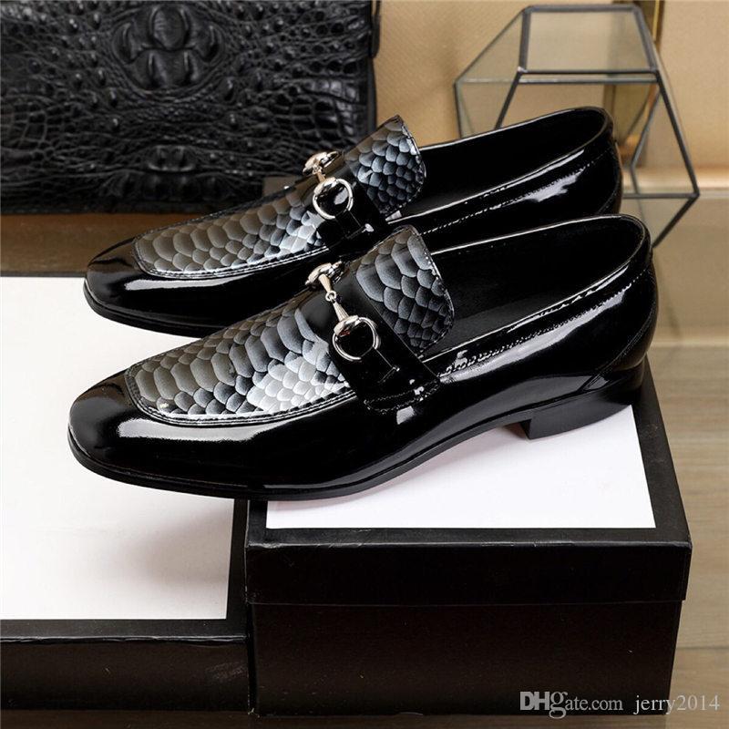 2019 styles Homme à bout pointu robe chaussure designer italien chaussures habillées pour hommes en cuir véritable noir luxe chaussures de mariage hommes chaussures à talons bas