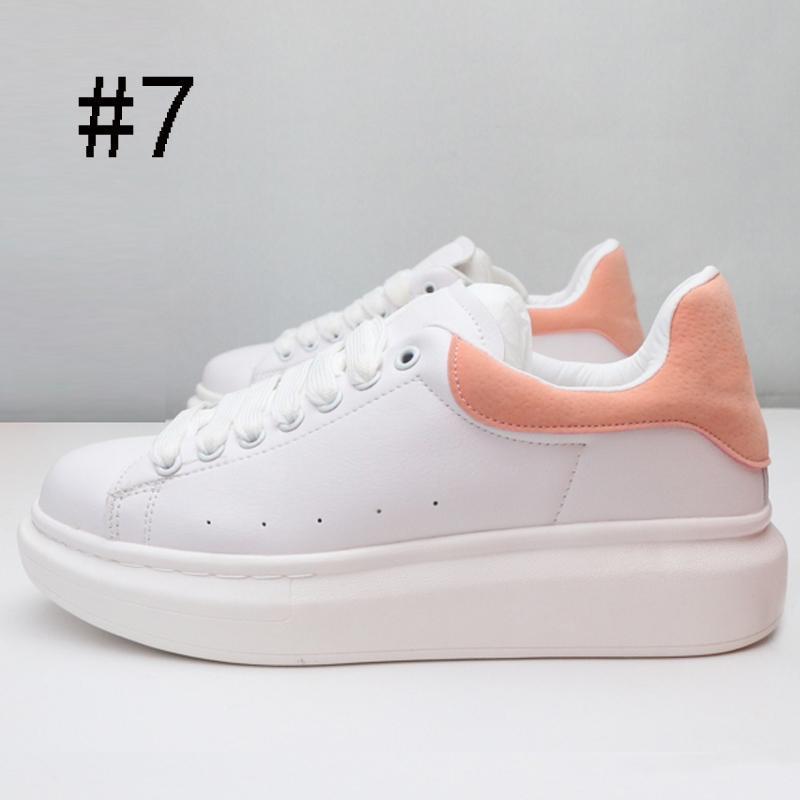 Top Designer Mens Mulheres moda Casual Sneakers Qualidade Suede Preto Cinzento Vermelho Lightweight Walking Caminhadas sapatos leves sapatos casuais C03