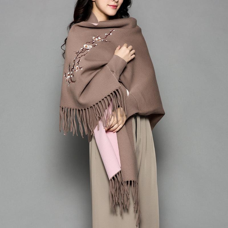 lujo- las mujeres bufanda de invierno femenina ciruela lana bordada manga de la cachemira capa capote engrosamiento de aire de doble cara chal de doble propósito