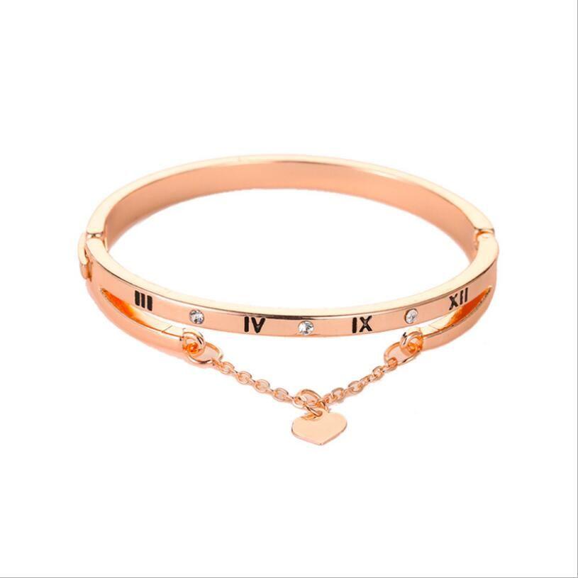 Moda numeri romani braccialetto di tendenza Corea eleganti gioielli cuore della pesca Wristband braccialetto per Prezzi signore a buon mercato all'ingrosso