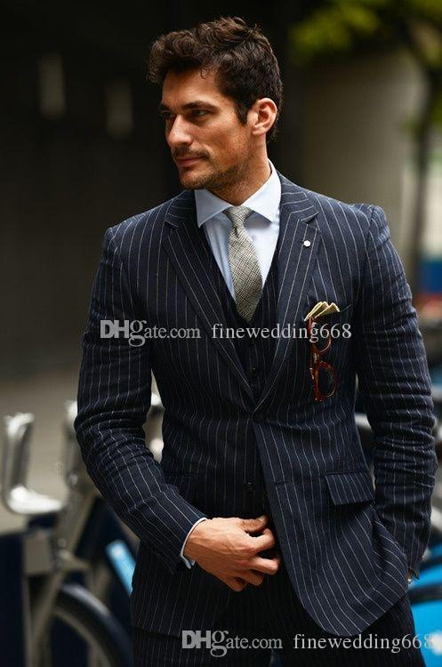 Lo nuevo Dos Trajes de los botones de los padrinos de boda del novio muesca solapa esmoquin hombres Wedding / baile / Cena mejor hombre Blazer (chaqueta + Tie + chaleco + pantalones) 636