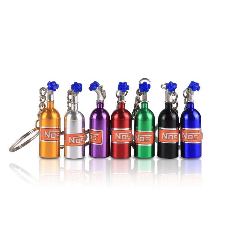 Creative-NOS Turbo Stickstoffflasche aus Metall Schlüsselanhänger Schlüsselring-Halter-Auto-Schlüsselanhänger Anhänger Schmuck für Frauen Männer Einzigartiges Mini Keyring Geschenke INS