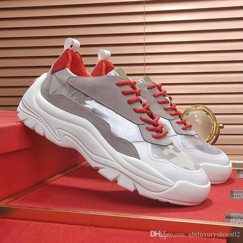 Valentino Nouveaux Hommes Chaussures Casual Luxe avec Boîte d'origine Gumboy Veau Sneaker Semelle épaisse Italie Mode En Cuir Hommes Chaussures Grande Taille Sport Chaussures Chaud