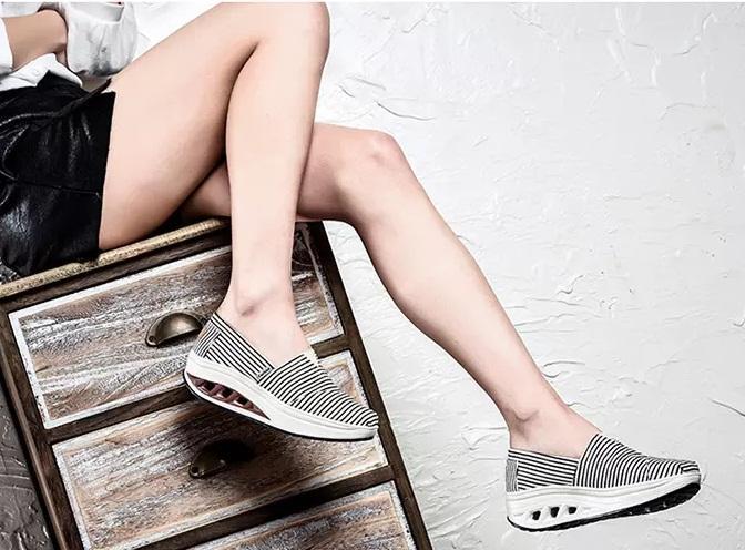 Hot Sale-emagrecimento sapatos femininos sapatos PU Lady aptidão balanço Verão Factory 4 CM altura crescente tonificação Shoes