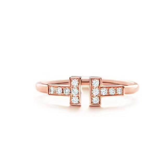 Vente en gros-luxe Bijoux Anneaux en acier inoxydable 316L pour femmes ouverts Bagues Designer Lettre T Style de mariage Bague en or rose