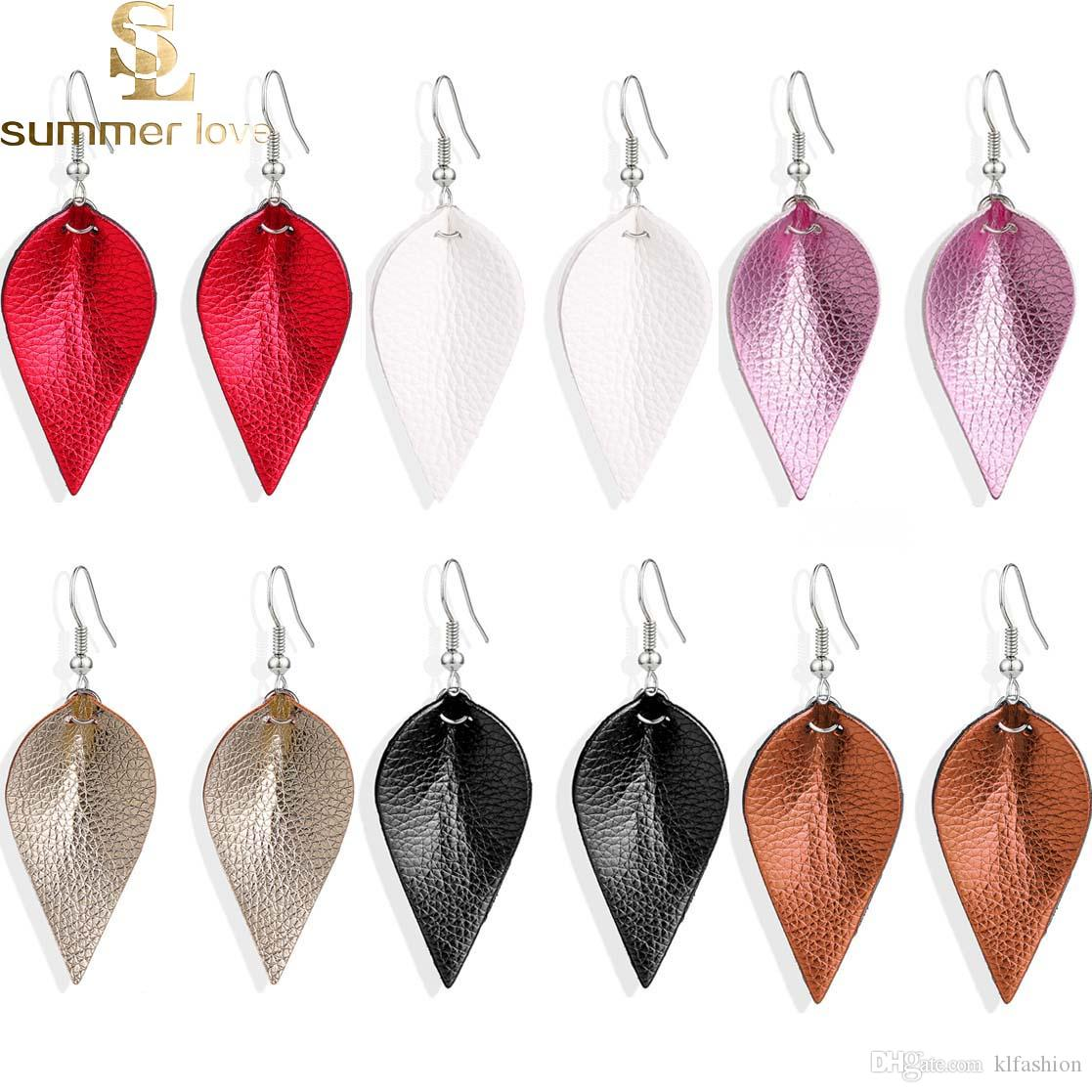 Nueva hoja de corte Pendientes de plumas PU lentejuelas de cuero que buscan varios colores Bohemia gota de agua cuelga los pendientes joyería de moda