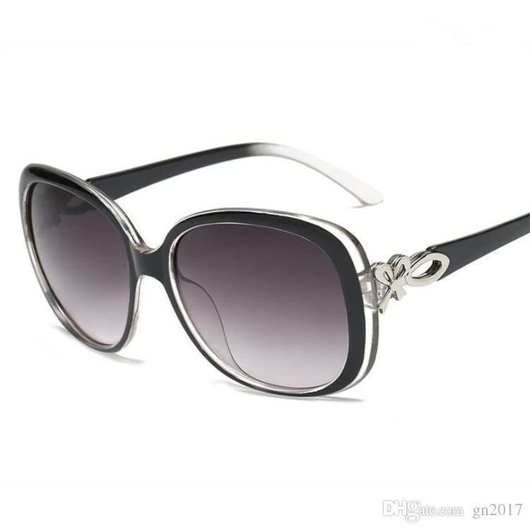 Modo donne eleganti del progettista degli occhiali da sole di marca Occhiali da sole Occhiali anti-UV occhiali ad arco Occhiali Parasole Specchio A ++