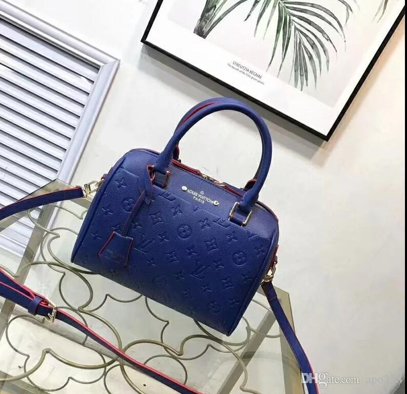 2020 Hot solds Womens borse designer borse borse borse a tracolla mini borsa catena designer borse a tracolla messenger bag tote della frizione A31