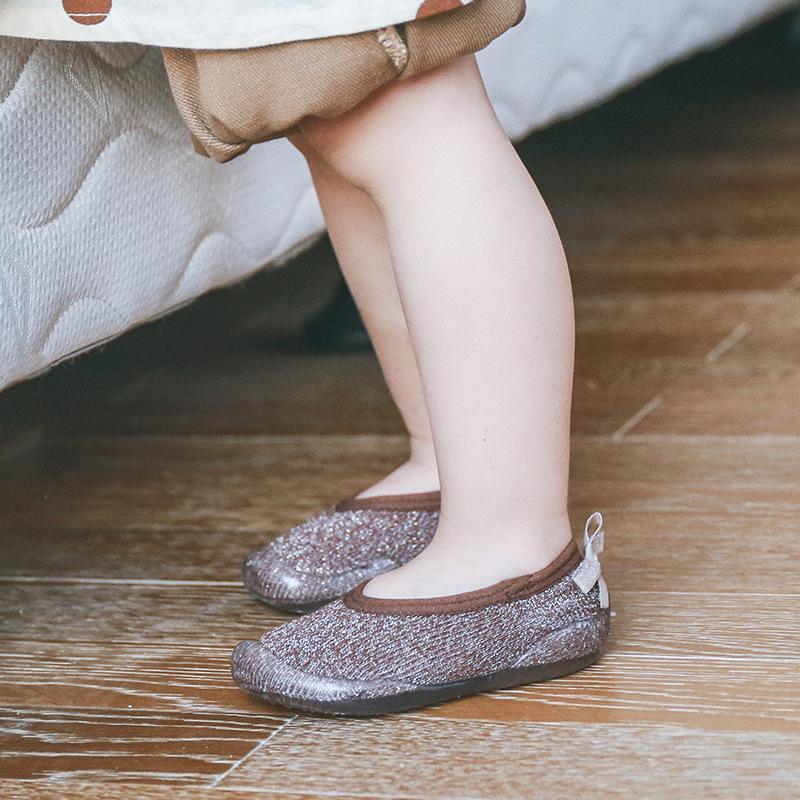 10 ألوان أطفال طفل مصمم جورب حذاء طفل عدم الانزلاق لينة أسفل جورب الضحلة الفاخرة جورب حذاء سرعة المدرب الطابق الجوارب الأحذية جورب حذاء