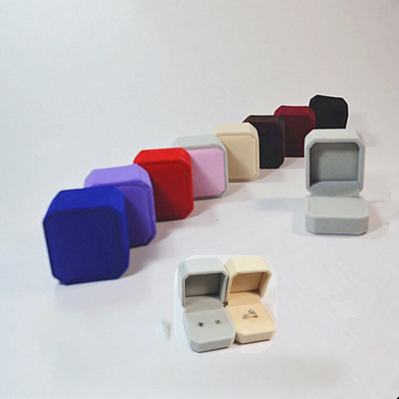4*5*5.5cm High Quality Jewellery Cases Flocking Plastic Solid Color Rings Boxes Valentines Day Party Gift Wrap 1 96cs E1