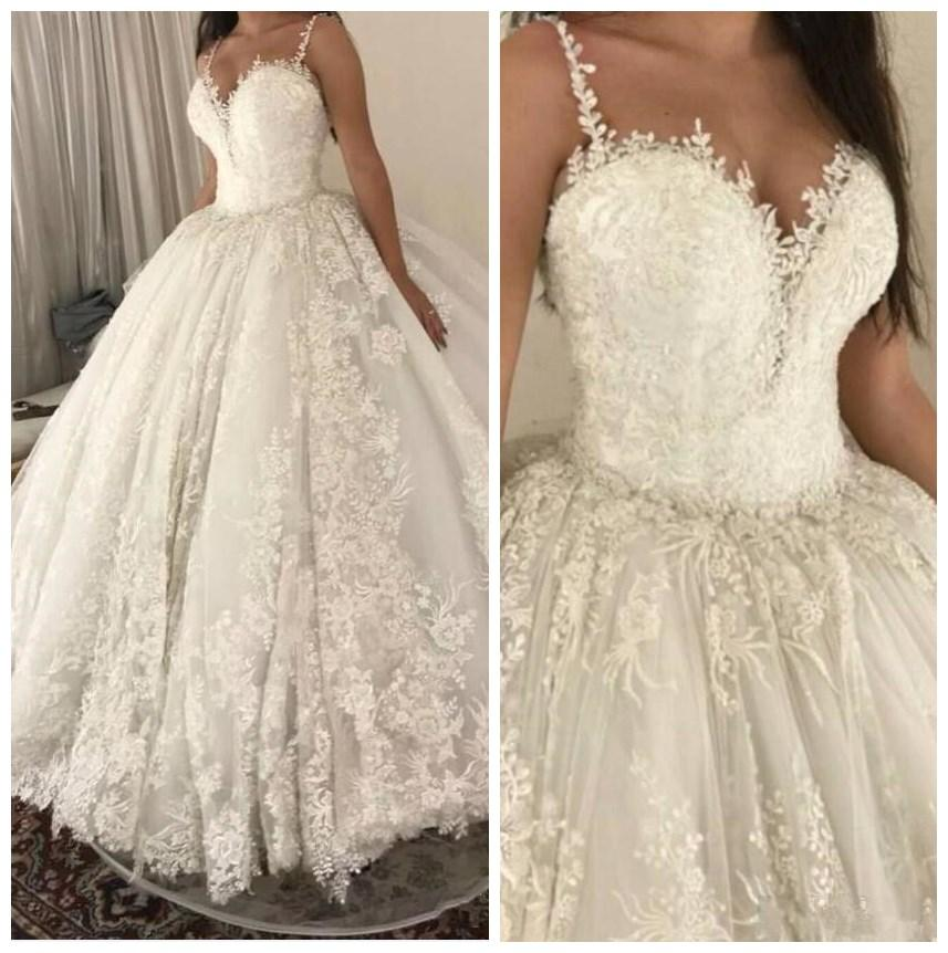Vintage Lace Full 2020 Vestidos de novia Marfil Princess Ball Vestido Puffy Brows Vestidos Spaghetti Correas Tray Train Dubai Robes de Mariée