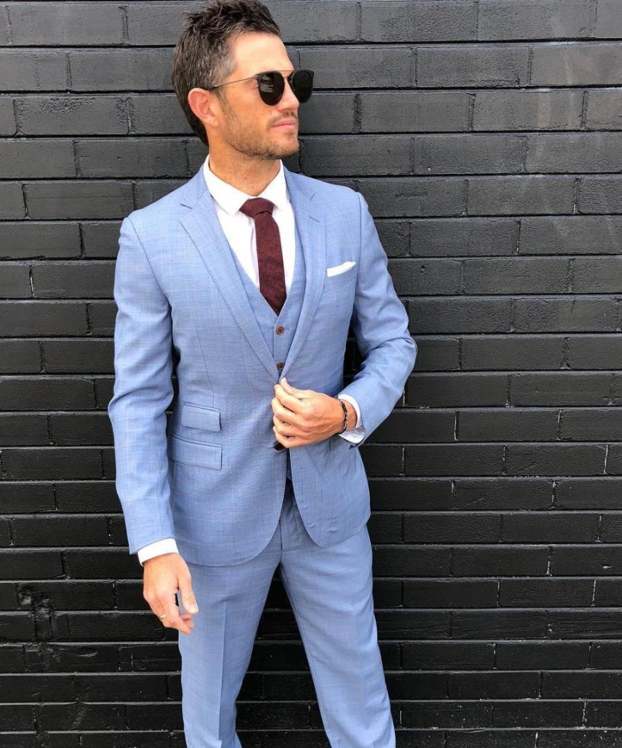 What To Wear To A Wedding For Men's (2021) Summer