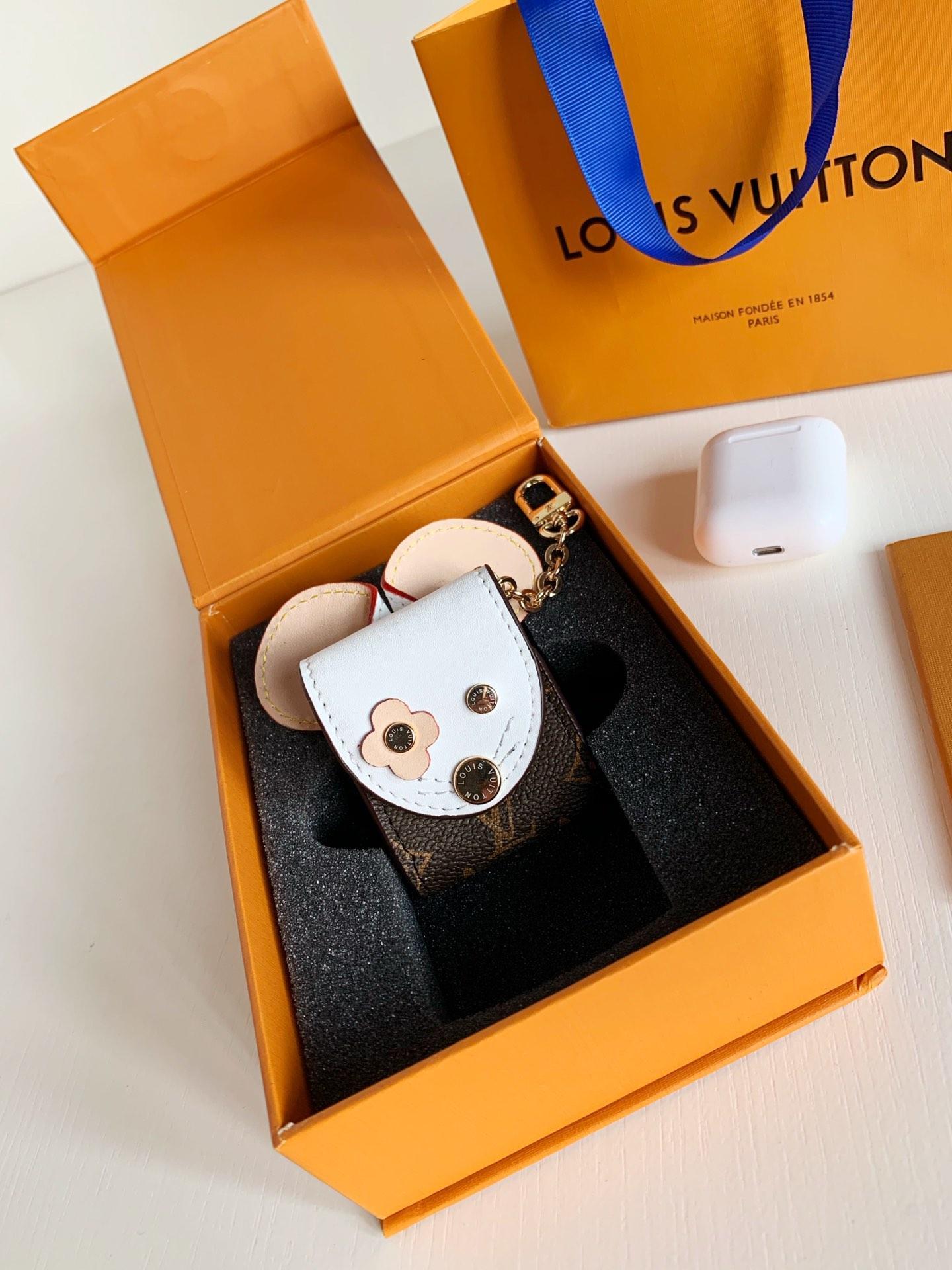 Marca de alta calidad de lujo llavero para hombres y mujeres llavero marca llavero Porte Clef regalos para hombres y mujeres caja de cinturón de recuerdo N02