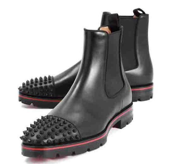 Moda lusso superiore inferiore Stivaletti uomo Red Heels uomini di disegno Stivaletti bassi in pelle di lusso di camoscio con Rivetti Melone Spikes piatto Breve cavaliere