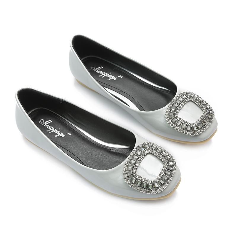 35~43 Plus Size Women Crystal Flat Shoes Rhinestone Buckle Square Toe Flats Patent Leather Single Shoes Ladies Slip On Loafers