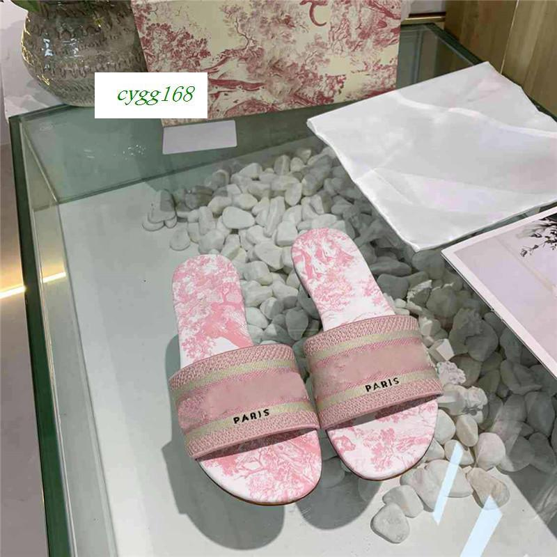Moda Dazzle Flores Mulheres Designer Chinelos parte inferior lisa do bordado Sandália Floral Brocade Slipper Flip Flops 1