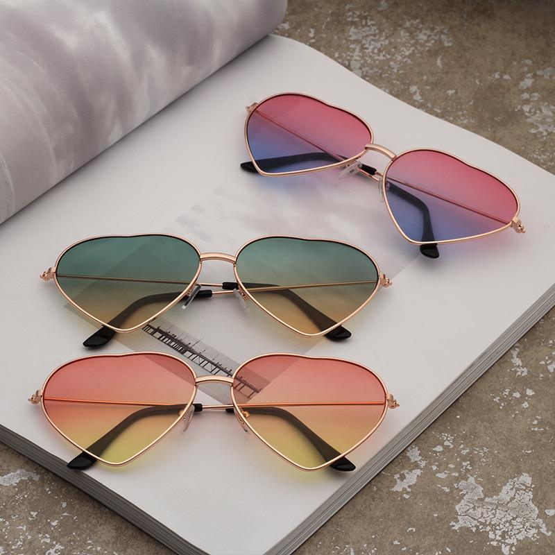 Lunettes de soleil lunettes de soleil Film Protection sauvage Femmes Revêtement en forme de Femme Cœur rétro Lens UV Cœur transparent Réfléchissant Eyewear OC Ohibu