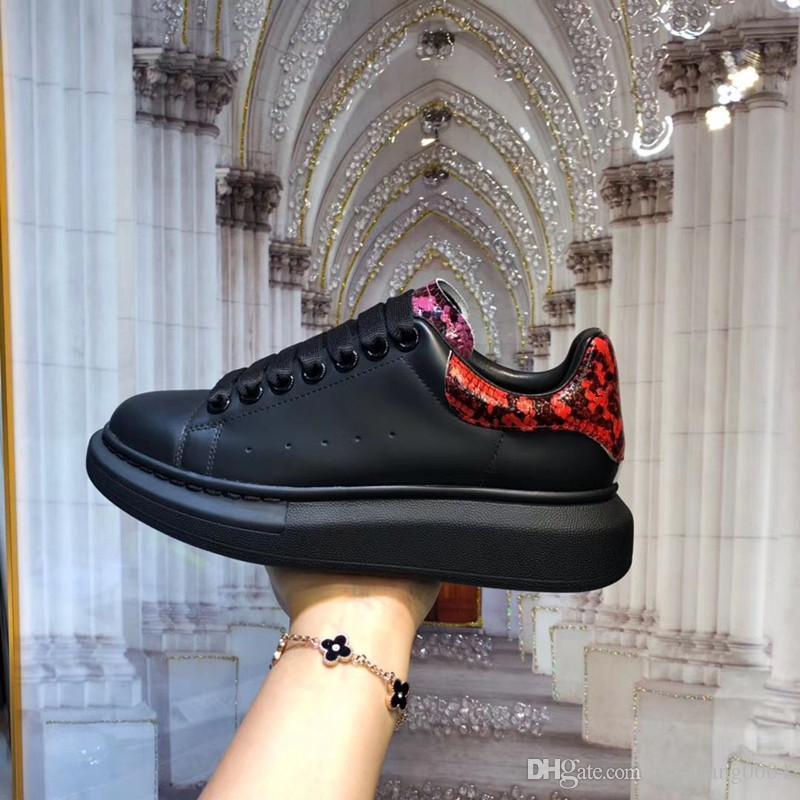 2020 Nouveau luxe en cuir Chaussures Casual Femmes Designer Chaussures Hommes Chaussures en cuir véritable mixte couleur originale yfr019