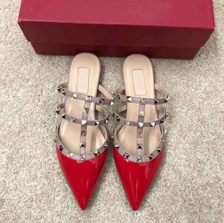 las mujeres planas de los zapatos de lujo de las sandalias de verano mocasín zapatos de cuero genuinos de alta calidad plana remaches zapatos zapatillas 2019 marcas de diseñador