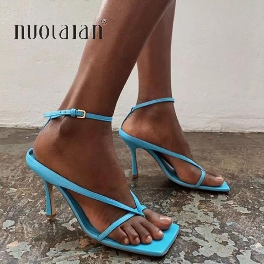 2020 verano de las mujeres sandalias de tacón alto Zapatos de otoño mejores calle Mira Las hembras de cabeza cuadrada punta abierta Clip-On de tiras de las sandalias de las mujeres