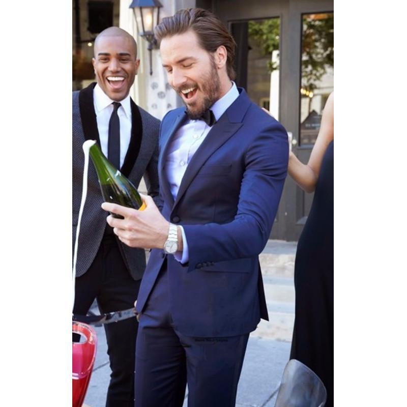 Lässige Hochzeit Bräutigam Herrenanzug 2 Stück Männer Anzüge nach Maß nehmen passende Abend-Partei-Kleider Male Blazer Hosen Smoking-Jacken-Klage